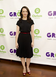 Kristin Davis topped off her look with burgundy peep-toe pumps.