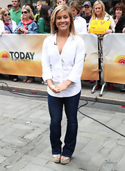 Shawn Johnson was simple yet smart in a white button-down and jeans when she visited the 'Today' show.