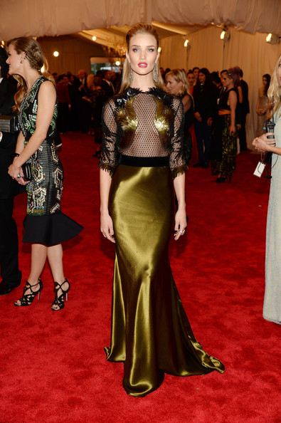 Rosie Huntington-Whiteley In Gucci, 2013