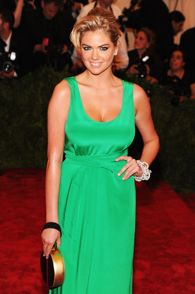 More Pics of Kate Upton Evening Dress (1 of 14) - Kate Upton Lookbook - StyleBistro