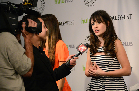 More Pics of Zooey Deschanel Print Dress (1 of 20) - Zooey Deschanel Lookbook - StyleBistro