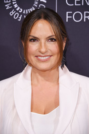 Mariska Hargitay sported a loose, center-parted bun at the Paley Honors: Celebrating Women in Television event.
