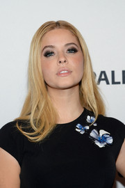 Sasha Pieterse worked a retro vibe wearing this center-parted 'do with flippy ends during PaleyFest New York 2015.