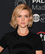 Erin Richards looked so cute wearing this slightly wavy bob during PaleyFest New York 2016.