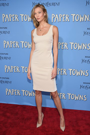 Karlie Kloss went low-key at the 'Paper Towns' New York premiere in a Calvin Klein tank dress in nude with white side stripes.