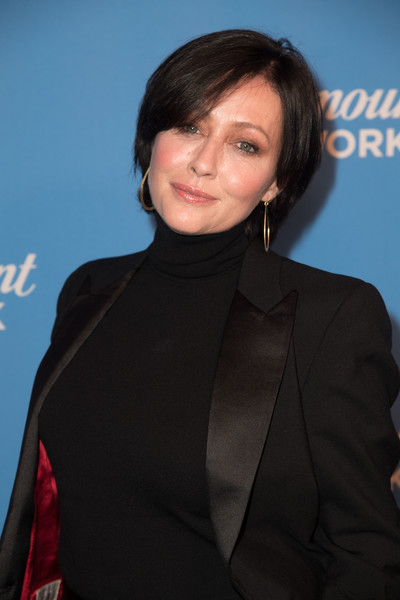 More Pics of Shannen Doherty Bob (1 of 5) - Shannen Doherty Lookbook - StyleBistro [hair,hairstyle,premiere,outerwear,white-collar worker,black hair,suit,formal wear,neck,smile,arrivals,shannen doherty,sunset tower,los angeles,california,paramount network launch party]