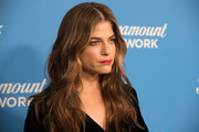 Selma Blair wore her long hair loose with barely-there waves at the Paramount Network launch party.