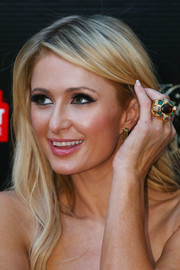Paris Hilton showed off a massive Bulgari gemstone ring during a Q&A with fans in Melbourne.