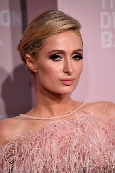 Paris Hilton Twisted Bun