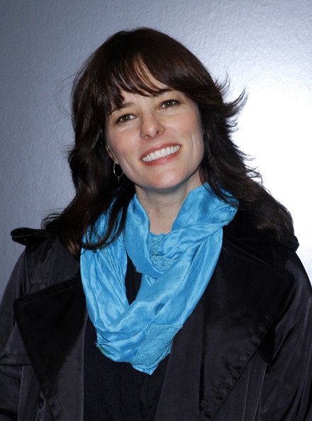 Parker Posey Long Wavy Cut with Bangs