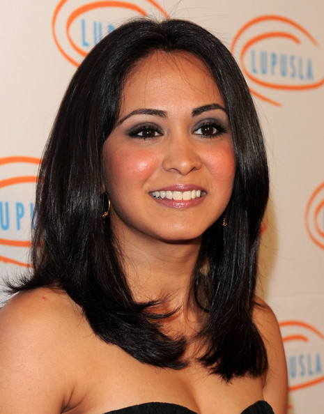 Parminder Nagra Medium Straight Cut