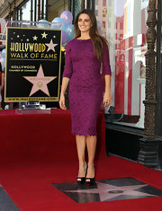Penelope received her star on Hollywood Boulevard wearing a fuchsia lace cocktail dress with a tiny peter pan collar.