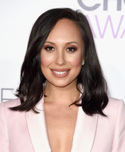 Cheryl Burke wore her hair down to her shoulders with just a hint of a wave for the People's Choice Awards.