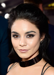 Vanessa Hudgens loaded up on the eyeshadow for an edgy beauty look.