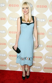 Anna Faris looked winsome in a powder-blue cocktail dress with a cutout skirt during People's Ones to Watch party.