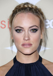 Peta Murgatroyd looked divine with this braided updo during People's Ones to Watch party.