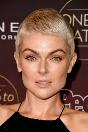 Serinda Swan looked adorable with her pixie during People's Ones to Watch event.