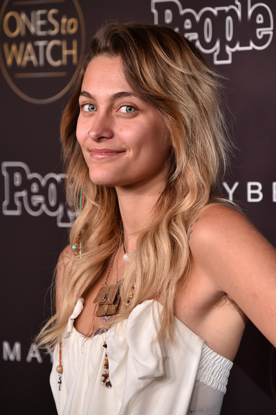 More Pics of Paris Jackson Long Wavy Cut (1 of 6) - Paris Jackson Lookbook - StyleBistro