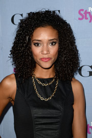 Annie Ilonzeh wore her hair in voluminous tight curls when she attended the People StyleWatch Denim Awards.