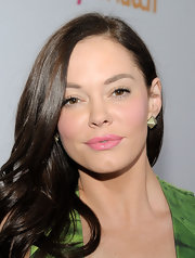 Rose McGowan added a touch of sparkle to her fresh look with Pyramid pave earrings at the 'People' Style Watch event.