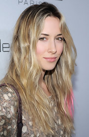 Gillian Zinser kicked her wavy locks up a notch with subtle pink highlights at the tips.