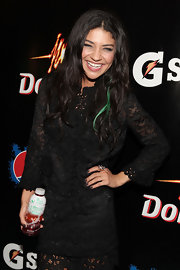 'Gossip Girl' actress Jessica Szohr paired her lace clad dress with a gold stud ring with cubic zirconia.
