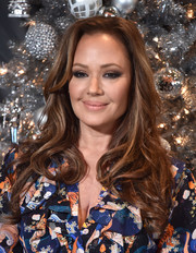 Leah Remini sported a loose wavy hairstyle at the 'Second Act' photocall.