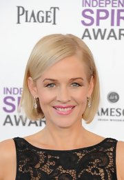 Penelope Ann Miller attended the 2012 Independent Spirit Awards wearing her hair in a sleek classic bob.