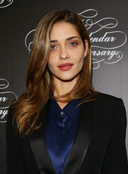 Ana Beatriz Barros opted for a subtly wavy 'do when she attended the Pirelli Calendar 50th anniversary press conference.