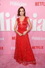 Zoey Deutch was pure sweetness in a bow-adorned red lace gown by Rodarte at the premiere of 'The Politician' season 1.