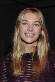 Jessica Hart went boho with this center-parted 'do at the Porsche Design fashion show.