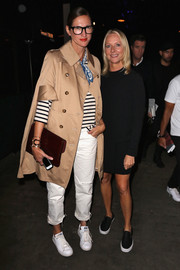 Jenna Lyons covered up in a stylish beige trenchcoat during the Lexus Design Disrupted event.