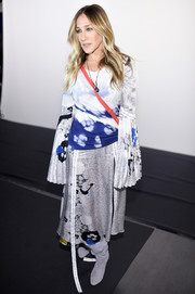 Sarah Jessica Parker went for some boho appeal in a flowy Prabal Gurung print dress during the label's fashion show.