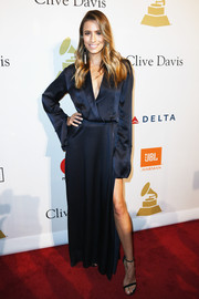 Renee Bargh kept it relaxed in a floaty navy tuxedo dress by Michael Lo Sordo at the pre-Grammy gala.