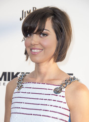 Aubrey Plaza went '60s-chic with this teased short 'do for the premiere of 'Mike and Dave Need Wedding Dates.'