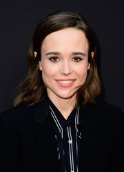 Ellen Page kept it casual yet sweet with these shoulder-length waves at the premiere of 'Into the Forest.'