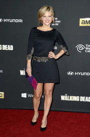 Arden Myrin looked very elegant in an embellished little black dress during the premiere of 'The Walking Dead' season 4.