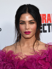 Jenna Dewan-Tatum swiped on some berry lipstick to match her dress.