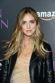 Chiara Ferragni framed her face with beach-chic waves for the 'Neon Demon' premiere.