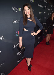 Whitney Cummings stayed on trend in a navy cutout dress for the premiere of 'Transparent' season 2.