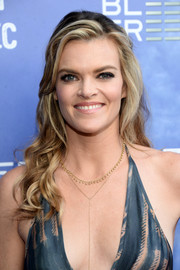 Missi Pyle styled her hair into a glamorous half-up wavy 'do for the premiere of 'Captain Fantastic.'