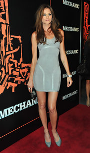 Mini donned a silver cocktail dress with intricate texture for 'The Mechanic' premiere.