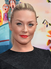 Elizabeth Rohm wore her hair in a basic ponytail when she attended the premiere of 'Cloudy with a Chance of Meatballs 2.'