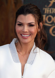 Ali Landry swept her hair back into a mildly messy ponytail for the premiere of 'Alice Through the Looking Glass.'