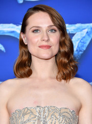 Evan Rachel Wood looked pretty with her mid-length waves at the premiere of 'Frozen 2.'