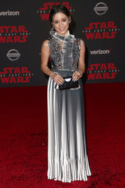 Jenna Ortega went ultra modern in this monochrome pleated gown by Gosia Baczynska at the premiere of 'Star Wars: The Last Jedi.'