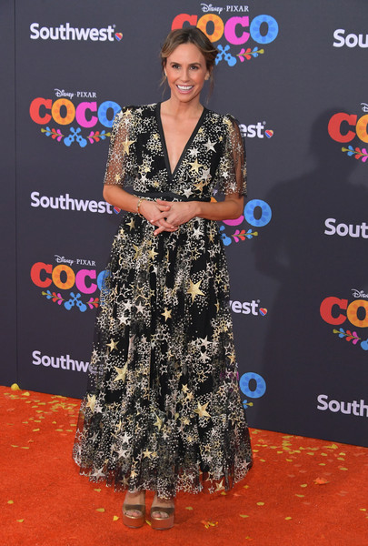 Keltie Knight looked dreamy in this star-embroidered maxi dress at the premiere of 'Coco.'