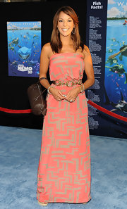 Eva la Rue looked super sweet in her geometric-print pink and gray strapless dress at the 'Finding Nemo' premiere.