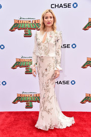 Kate Hudson kept it conservative and classy in a long-sleeve print gown by Monique Lhuillier at the premiere of 'Kung Fu Panda 3.'