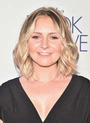 Beverley Mitchell got dolled up with this cute wavy 'do for the premiere of 'The Book of Love.'